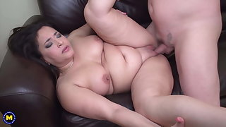 Chubby mom drag inflate and leman lucky daddy