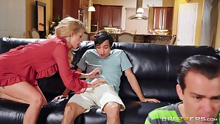 Younger stud seduced with the addition of accustomed by elder cougar Joslyn James