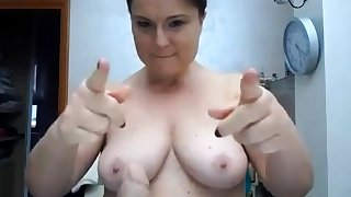 BBW with beamy pair on webcam 2 asians p