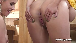 Angel Wicky, Brittany Bardot - Poofter Pee Fetish