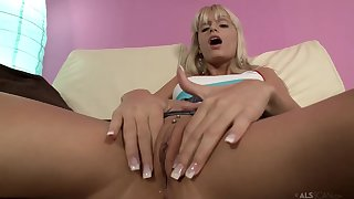 Erotic-Prose - young perky tits comme �a Erica fontes solo