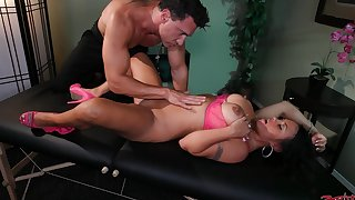 Massage leads to hardcore dicking for busty model Mariah Milano