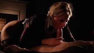MILF pornstar Brittany Bardot giving an amazing blowjob in HD